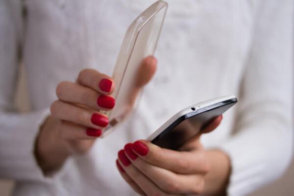 Mẹo hay khắc phục điện thoại bị nóng trong vài giây - 2
