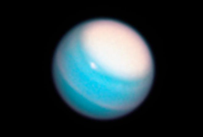 Phát hiện bằng chứng cho thấy người ngoài hành tinh có thể sống xung quanh Sao Thiên Vương - 1