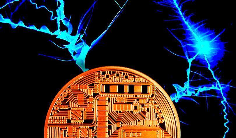 """""""Bitcoin và XRP phải đối mặt với sự điều chỉnh đáng kể, đây là thời điểm mùa altcoin có thể bắt đầu"""""""